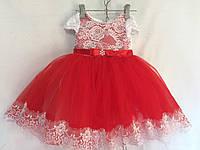 Детское нарядное платье   3 года,красное