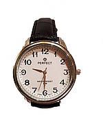 Часы кварцевые Perfect 38 мм на ремешке