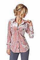 Удлиненная бархатная женская рубашка пудрового цвета