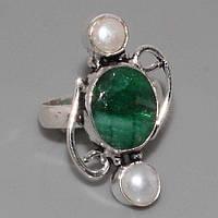 Великолепное кольцо - натуральный изумруд и жемчуг в серебре.