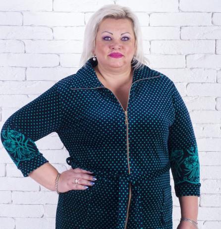 купить Женский велюровый халат большого размера в горошек