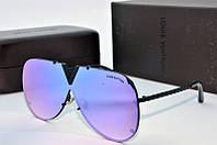 Солнцезащитные очки Louis Vuiiton синие в черном