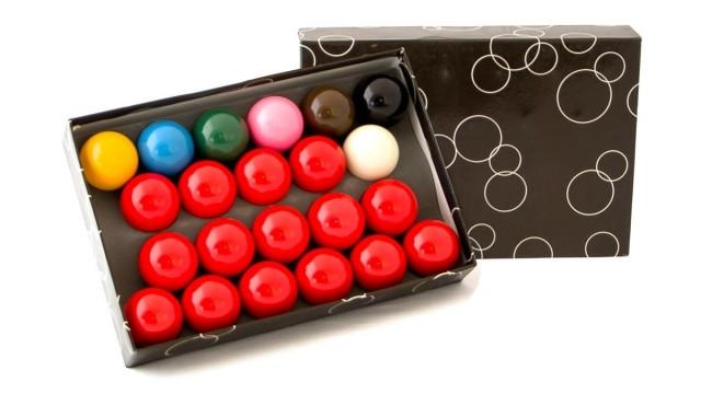 "Бильярдные шары для снукера ""Champion Snooker"""