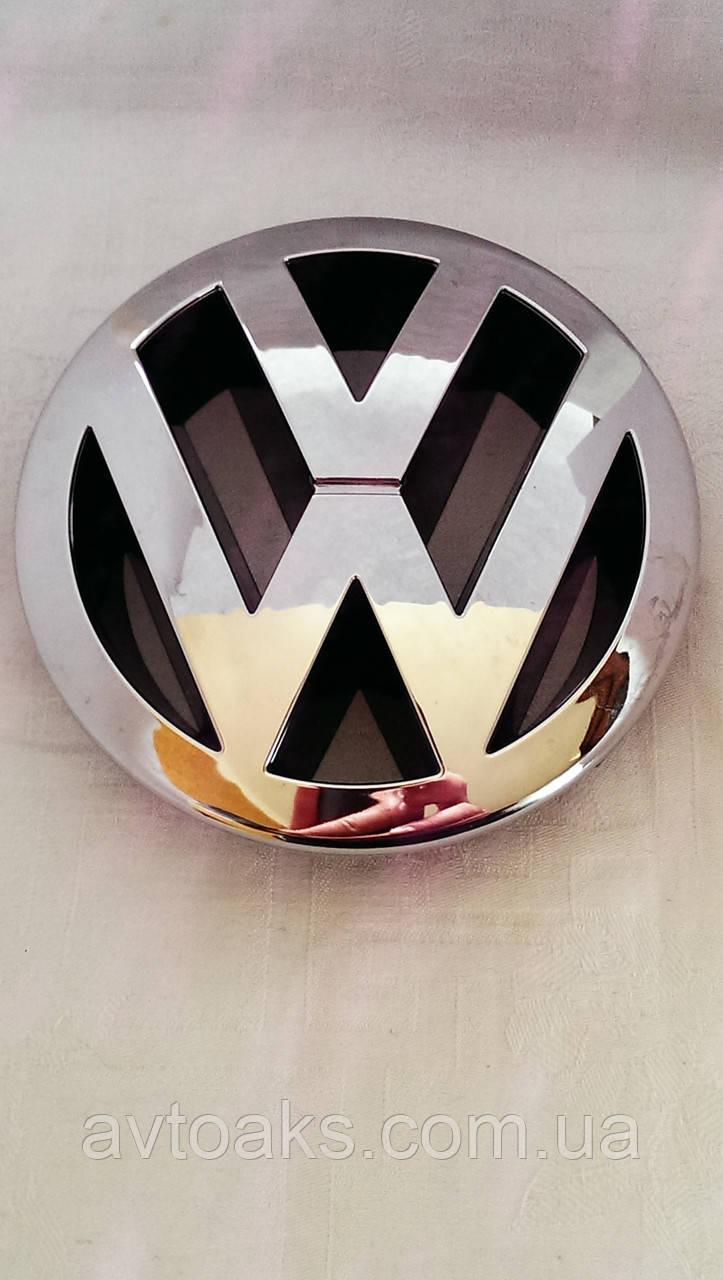 Эмблема Volkswagen Caddy (05-010г.) перед