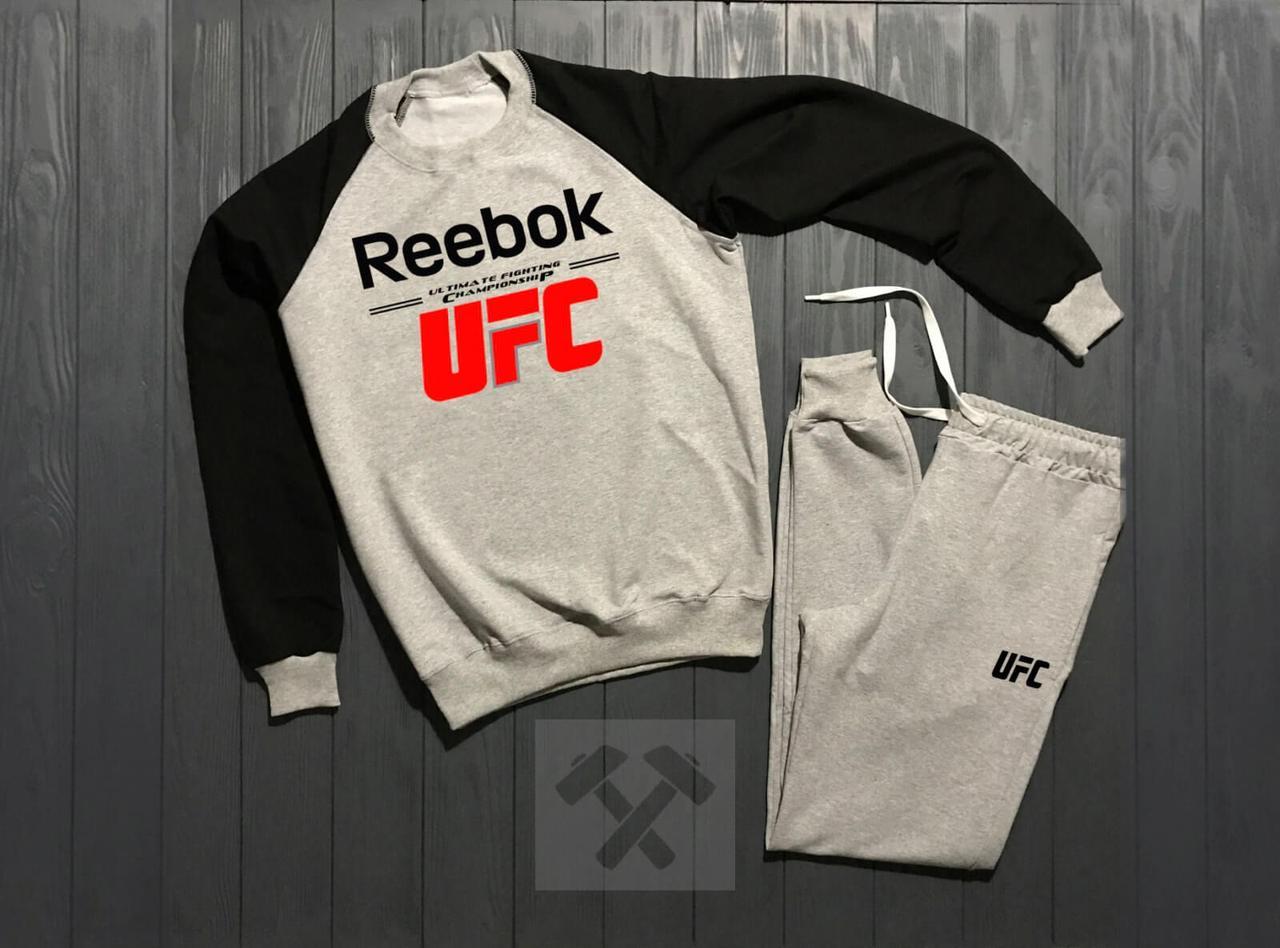 Зимний мужской спортивный костюм Reebok UFC черно-серого цвета