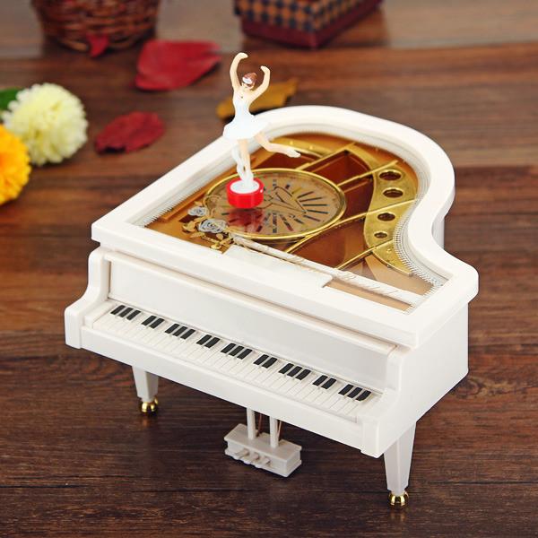 Музична скринька Білий Рояль з Балериною