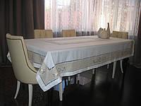 Модель 10572. Цвет: БЕЛЫЙ. Размер: 100*150 см. Скатерть льняная с вышивкой, мережкой и кантом.