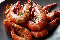 Красные аргентинские креветки - В имбирно-чесночном соусе.