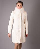 Пальто зимнее с мехом песца, 42-52 белый