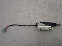 Електропривод центрального замку задньої лівої двері 8300004681 B45673350 MAZDA 323 BG седан 1989 - 1994