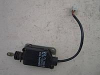 Електропривод центрального замку задньої правої двері 8300004671 B45672350 MAZDA 323 BG седан 1989 - 1994
