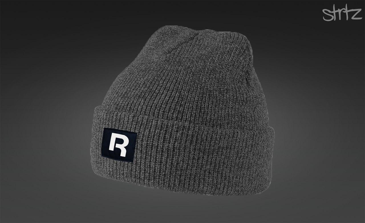 Серая мужская шапка Reebok