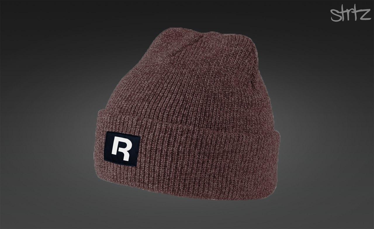 Модная молодежная шапка Reebok