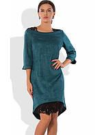 Изумрудное платье с асимметричным кружевным подолом