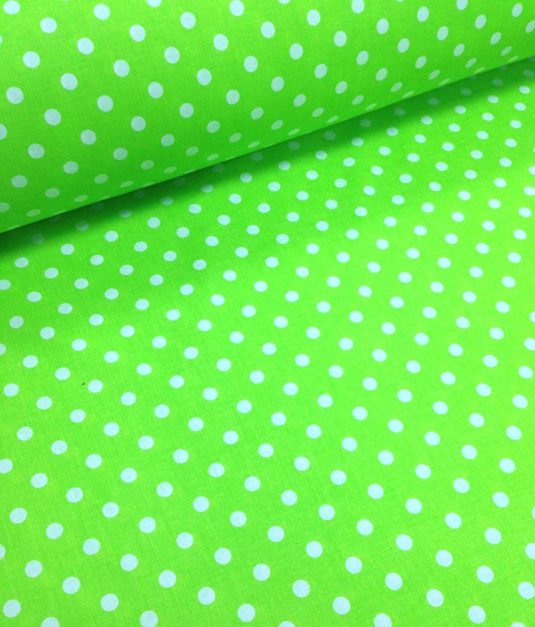 Хлопковая ткань польская белый горох на салатовом 10 мм (1см) №449
