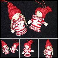 Мальчик в вязаной одежке - украшение на елку, выс. 8.5 см, 30/28 (цена за 1 шт. + 2 гр.