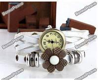 Оригинальные женские часы-браслет белого цвета с цветочком