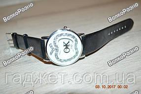 Женские наручные часы LuQi OK с кристаллами