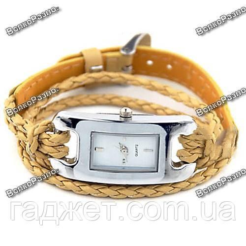 Стильные женские часы IEKE золотого цвета
