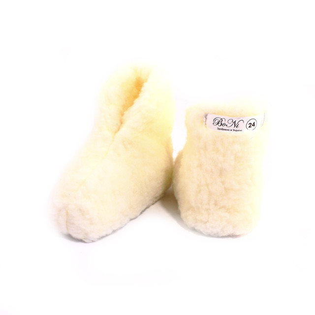 Детская комнатная обувь