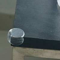 Защитный силиконовый уголок на мебель