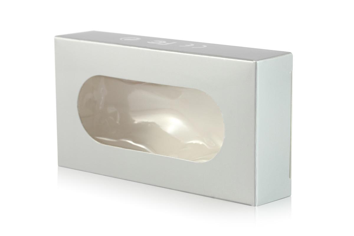 Картонная упаковка с окошком для флеш накопителя