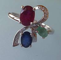 Кольцо с изумрудом сапфиром рубином и белыми фианитами Размер 18.5