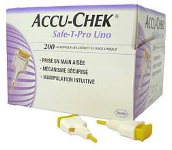 Система для прокалывания Акку-Чек Сейф-Т-Про УНО (Accu-Chek Safe-T-Pro Uno), 200 шт., Германия
