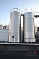 Резервуар із нержавіючої сталі