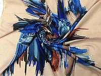 Кашемировый  платок с абстрактным рисунком в синих оттенках 96см