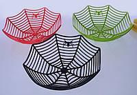 Ваза в виде паутины с пауком