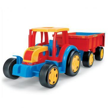 Трактор-гигант с прицепом Wader