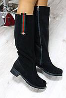 Зимние и демисезонные натуральные замшевые сапоги с замком цвет : черный