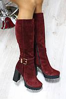 Зимние и демисезонные замшевые женские сапоги на молнии Цвет : Марсала Материал : натуральная замша