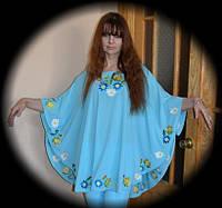 Вышитая женская блузка.