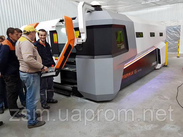 Завод Сельхозмашин ввел в эксплуатацию новейший комплекс оптико-волоконной лазерной резки