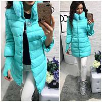 Женская зимняя куртка с мехом на воротнике и красивой брошью (4 цвета)
