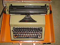 Печатная Машинка Любава с украинскими буквами