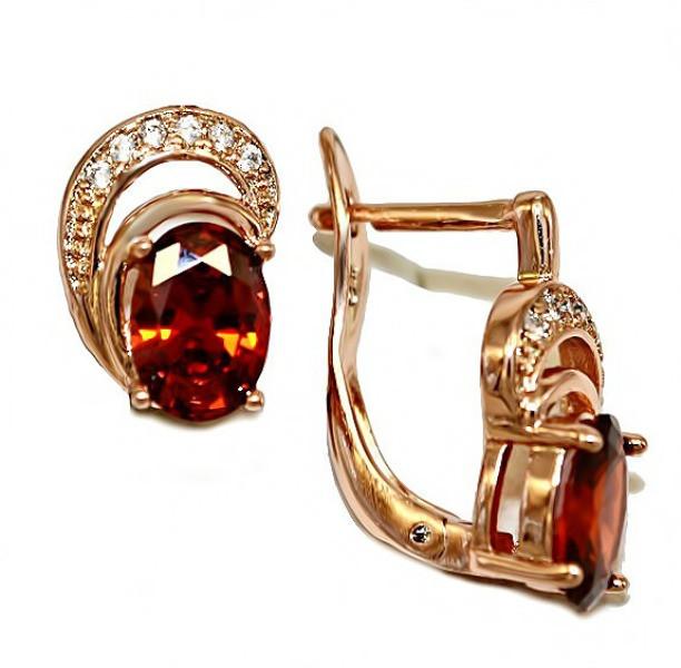 Серьги ХР позолота с красным оттенком.Камни:белый и бордовый циркон. Высота серьги 1,5 см.Ширина 8 мм.