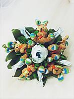 Подарочный букет из конфет ручной работы  с мягкими игрушками Солнечные Зайчики