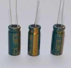 Конденсатор электролит. 2200мкФ 16в 1*20