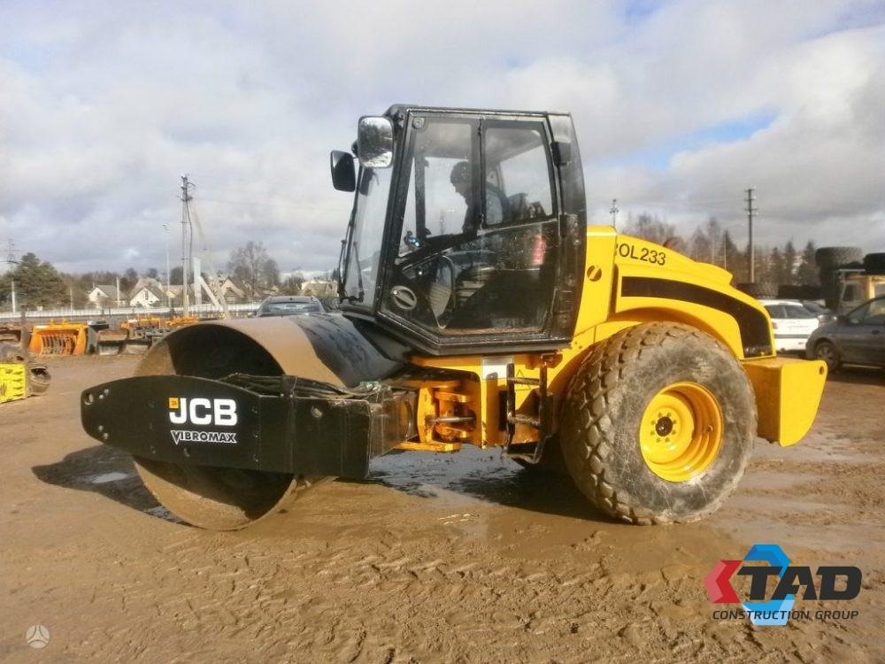 Грунтовый каток JCB VM115D (2007 г)
