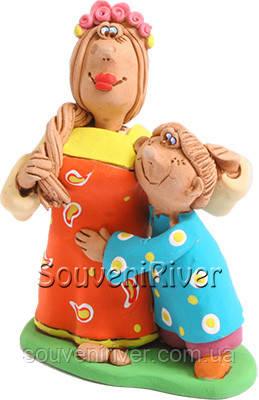 """Статуэтка """"Мама с сыном"""""""