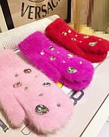 Очень теплые перчатки из ангоры со стразами