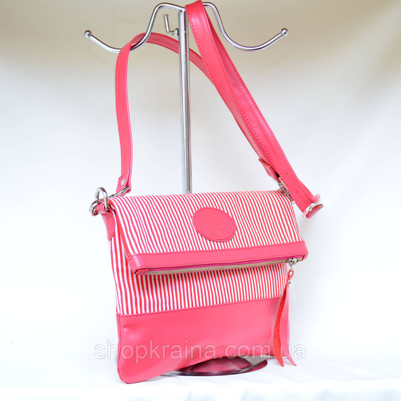 Кожаный клатч VS131 pink stripes 28х20 см