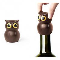 Стоппер для бутылки Owl Stopper Qualy, коричневый