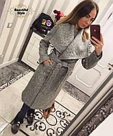 Женское пальто из букле с поясом