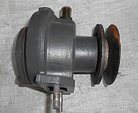 Водяной насос (помпа) ЯМЗ-236/238 в сборе с шкивом