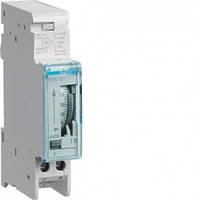 EH011 Таймер аналоговый суточный Hager 16А, 1НВ, запас хода 200 ч.