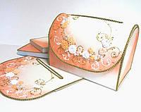 Персиковый сундучок для денег на свадьбу